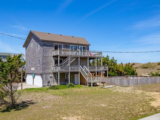 Breakwater - Rare 5 Bedroom Oceanfront Home in Waves