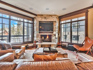 Gorgeous Condo with awesome views and ski-in/ski-out access!