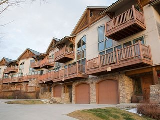 Four bedroom luxury townhome in Mt. CB!  Walk to West Wall Lift!