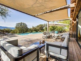 Magnifique villa de 250m2 climatisée av vue mer piscine chauffée et plage à 200m