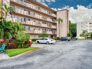Spacious Condo close to golf and beaches in the Ironwood Community- West Bradent