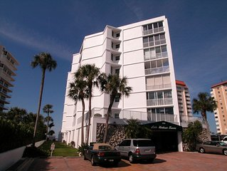This immaculate, light and bright condo is located on popular Lido Beach. - Lido
