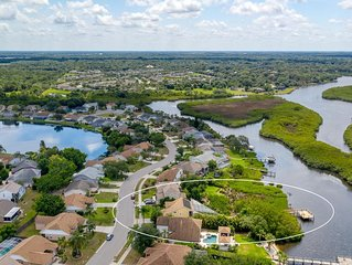 Waterfront Pool Home with Private Dock on the Manatee River: Braden River Lakes
