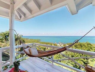 NEW LISTING! Romantic getaway w/ sea views, hammock & outdoor dining!