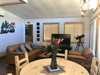 Mt. Views, Xtra Sanitized, Quiet, Loaded Rec Room, 2 living areas