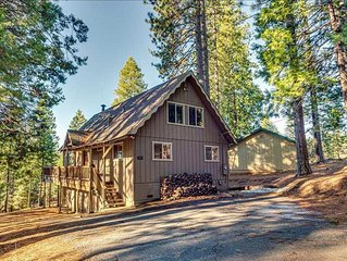 Charming Chalet a Quick Walk Away from Blue Lake Springs Pool and Lake