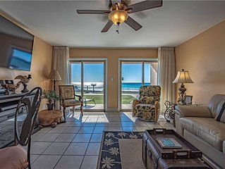 08- Escape to the EMERALD COAST in this beautiful condo that is Right on the BEA
