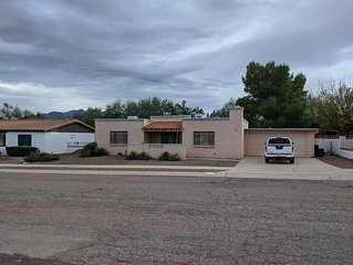 Relax, and enjoy Southern AZ!  2 bedroom comfy, furnished Green Valley home