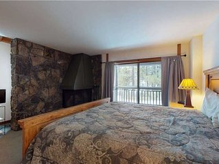 Relax in this cozy condo with golf course views, near bike paths & The Village