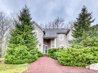 Amazing home w/ two master suites & woodland views! Close to the slopes!