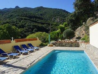 Villa avec piscine et vues splendides au calme et proche plages