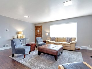 Brand New Hardwood Floors! 5 BDROOM Home in perfect SLC location! SNOW IS HERE!