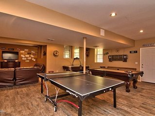 ITS BACK UP! 5 Bedrooms 4.5 Bathrooms W/ AMAZING Game Room Beautiful Bearadise