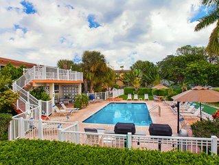 One block from Pompano Beach - condo w/ shared heated pool & sundeck!