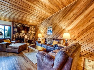 Mountain retreat w/golf on-site, shared pool, hot tub, sauna