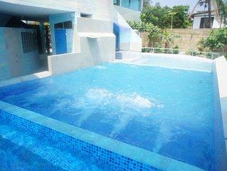Spacious BEACHFRONT Villa on Malecon of Olón Town 3bed+2bath+A/C-TV-WiFi Garden+