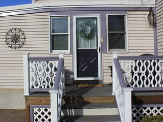 1 Bed Room/ full bath Apt with Kitchen & Living room attached to Purple Starfish