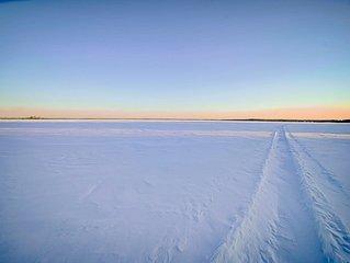 No Winter Blues Here! Snowmobilers Heaven!  Pelican Lake Sweetlife Lake House #2
