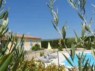 Gite 6 pers tout confort, en Provence au coeur du Luberon avec piscine securisee