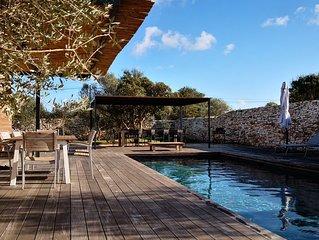 Ville de charme neuve avec piscine dans le maquis Bonifacien