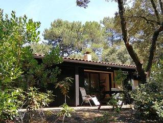 Maison dans les pins à 300 m du lac et à 5 km de l'océan
