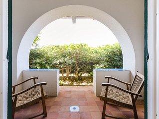 Casa Valencia: di fronte al mare, con cortile vivibile e piccolo giardino.