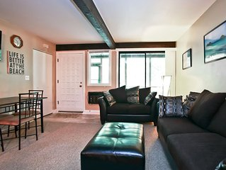 Abbey Springs Updated Condo Quiet Location - Deerpath Club House