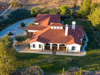 New!! Villa Toscana - Upscale Estate w/ Bridal Suite in Wine Country