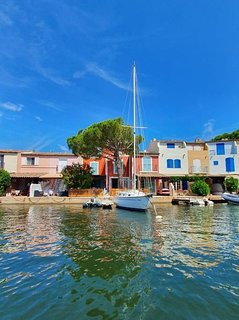 Port Grimaud the floating village next to St.Tropez. Hire a self drive motor boat.