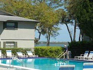 St. Augustine Beach Condo-Peaceful Getaway