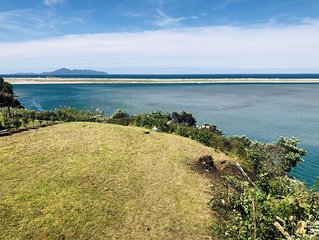 Private Access to Mangawhai Estuary. Amazing Views