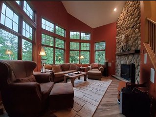 Luxury Townhome across from Holiday Valley