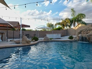 Resort Living - private setting, heated pool,  Easy access to major sites/events