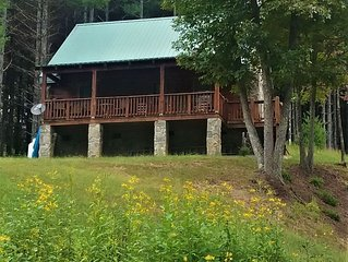 New River Haven Cabin! Enjoy Wildlife, Seclusion, Mountains, & the New River!