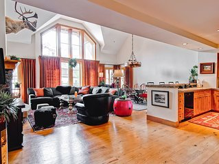 Villa Montane 215 - Spacious 4 Bedroom Townhome