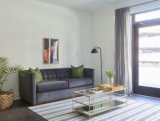 Sonder | Lafayette Square | Modern 1BR + Terrace