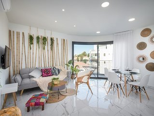 Exotic 2 BDR with balcony in City Center - Even Israel