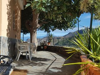 Ruhig gelegenes Ferienhaus mit Terrasse und Veranda