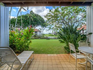 Kauai Magic! Lanai to Lawn, Modern Kitchen, WiFi, Flat Screen–Kiahuna Plantation