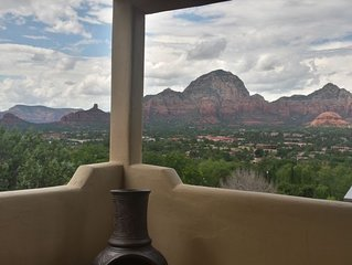 Panoramic Sunset Reserve in Sedona, sweeping views, adjacent hiking