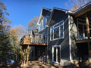Luxury 'OFF - GRID' Muskoka Cottage
