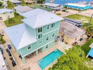 Harbor Bayview SLEEPS 8 ~ PRIME LOCATION ~ BRAND NEW POOL HOME!