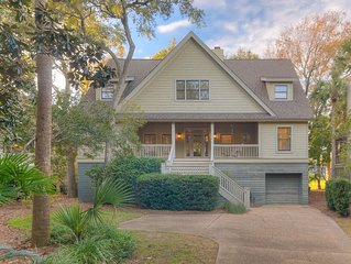 Modern Home in Vanderhorst on Silver Moss Circle- POPULAR Area with Pool Access