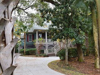 Luxury Kiawah Home with Amazing Private Pool and Walk to the Beach