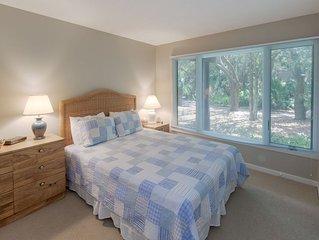Awesome Kiawah 3 bedroom Condo- 5 MINUTES to BEACH!