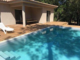 Villa neuve pour des vacances de rêve avec belle piscine  7´ plages  8 voyageurs