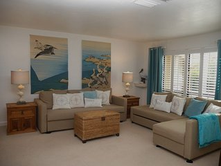 Enjoy shelling at spacious condo by Bowmans Beach E206