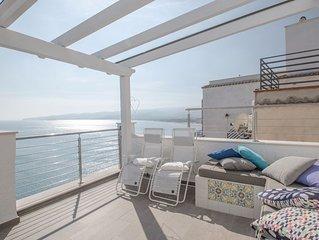 Luxury Villa on the sea