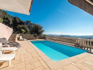 villa 110 m2 avec piscine et vue imprenable,sans vis a vis direct.