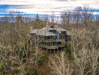 Stunning Mountain and Lake views close to Cashiers in a Large Luxury Home.